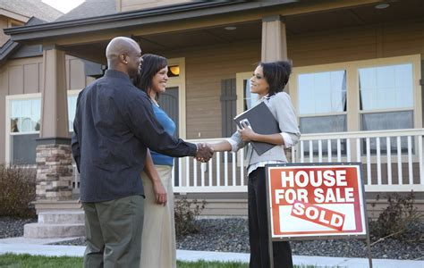 7 Financial New Year S Resolutions You Should Make If You Want To Buy A House In 2016