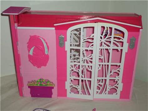 barbie glam bathroom fold out barbie pink glam house daybed shower kitchen