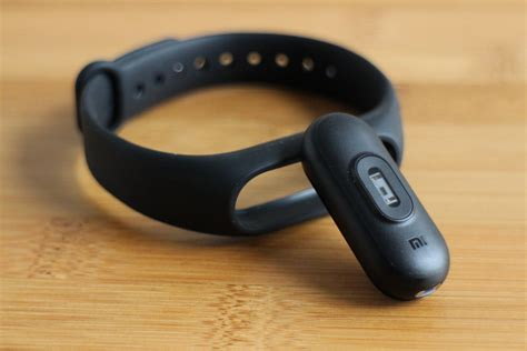 New Xiaomi Band 2 by Xiaomi Mi Band 2 Review Digital Trends