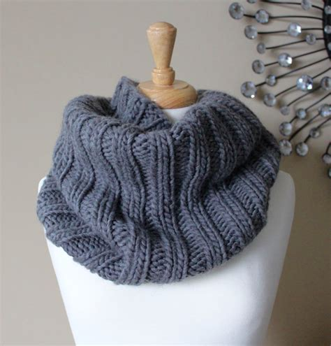 free cowl knitting patterns with bulky yarn free knitting patterns bulky ribbed cowl