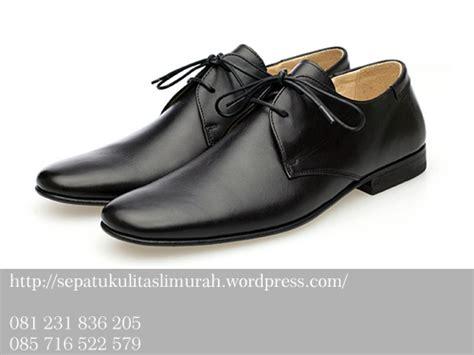 Sepatu Kerja Pria Kulit Asli Branded Crocodille 001 sepatuwanitaterbaru2016 foto sepatu kantor images