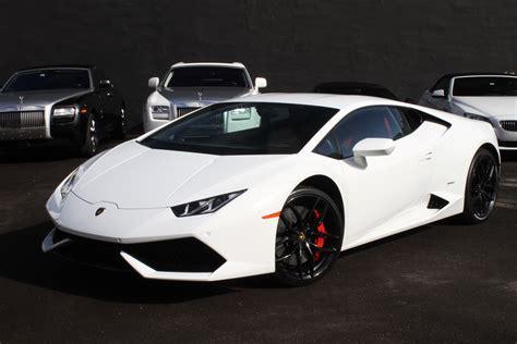 Lamborghini Car Rentals by Lamborghini Huracan