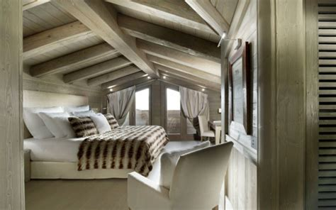 Decke Landhausstil by Schlafzimmer Rustikal Landhausstil Eichenholz Decke Balken
