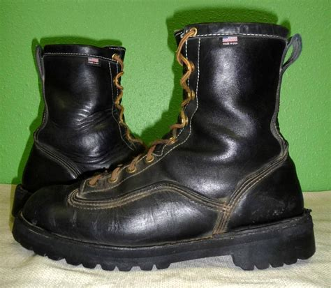 vtg danner rainforest black leather insulated boots