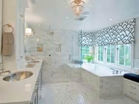 superb Petite Fenetre Salle De Bain #1: rideau-decoration-interieur-occultant-rideau-fenetre-salle-de-bain-installation-pour-maison-interieur-deco-idee-design-avec-baignoire-carrelage-et-douche-porte-verre-deco.jpg