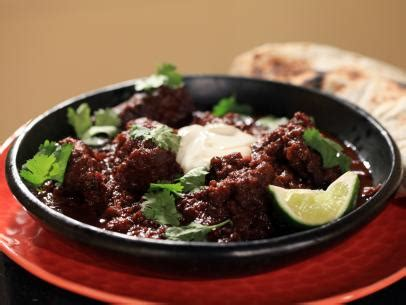 alton brown beef stew spezzatino di manzo al cioccolato beef stew with
