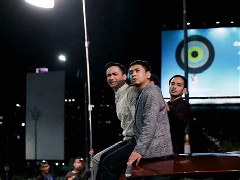 film raditya dika dan kimberly raditya dika kebut produksi film the guys