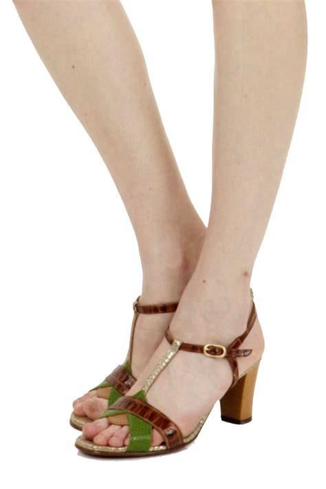 Wakaii Shoes chie mihara wakai sandals from seattle by clementine