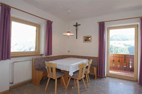 azienda soggiorno bressanone appartamenti in agriturismo paderlafoderhof laion