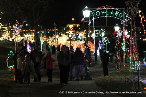 clarksville tn lights mcgregor park riverwalk discover clarksville tn