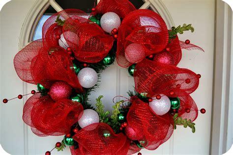 the sparacino chronicles christmas deco mesh wreath tutorial