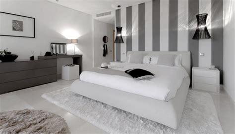 imagenes en blanco y negro modernas c 243 mo decorar un dormitorio en blanco y negro con maestr 237 a