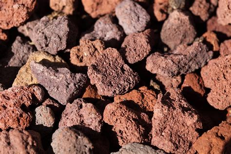 lapilli vulcanici per giardino lapillo vulcanico cosa 232 e come si usa in giardinaggio