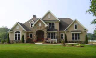 Sandstone Exterior Paint - the hyde park plan 816 www dongardner com stone and stucco impressive front facing gables