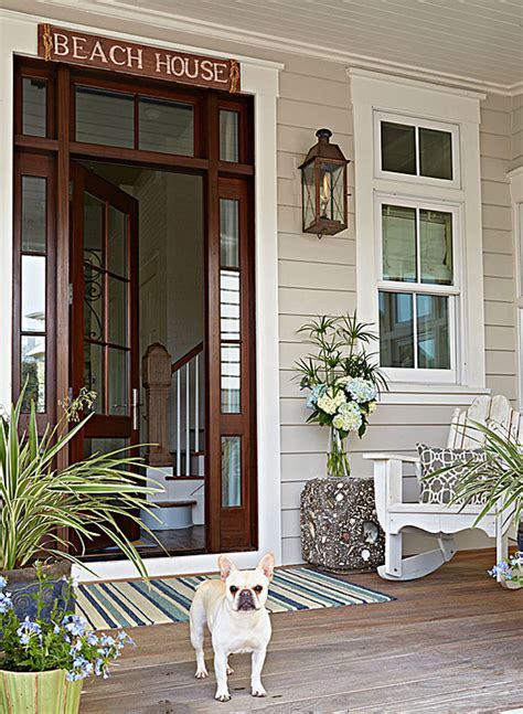 beach house front door