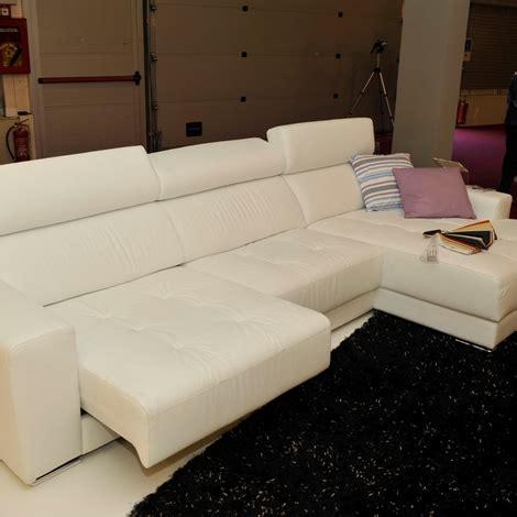 delta divani prezzi divano delta salotti quot londra quot divani a prezzi scontati