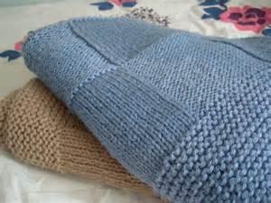 modele couverture tricot pour lit bebe