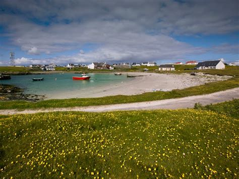 dennis hardley photographer scarinish harbour tiree