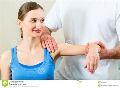 imagenes emotivas terapia paciente en la fisioterapia que hace terapia f 237 sica imagen