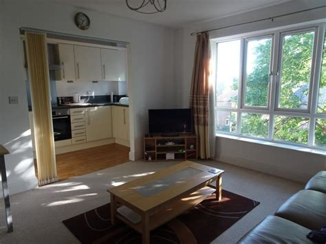 one bedroom flat for rent in slough 1 bedroom flat to rent osborne street slough sl thorney