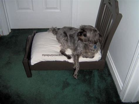 diy ways  repurpose  chairs   homestead