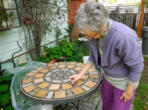 Mosaic Patio Table Top How To Make Your Own Mosaic Table Sure Looks Like A Craft That I Would Enjoying One Of
