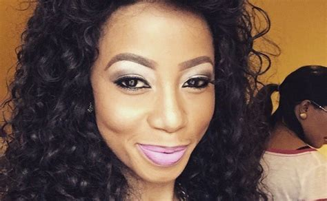 kelly khumalo braiding hair styles 2014 kelly kumalo kelly khumalo responds to armpit haters it s