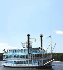 mississippi river boat cruises davenport overnight mississippi river cruise on the twilight