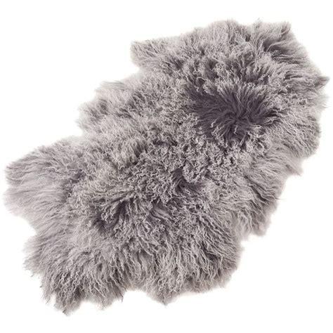 gray fur rug best 25 fur rug ideas on fur carpet faux fur rug and white faux fur rug
