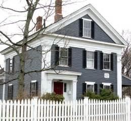 Blue Gray House Color best 25 blue siding ideas on pinterest blue houses