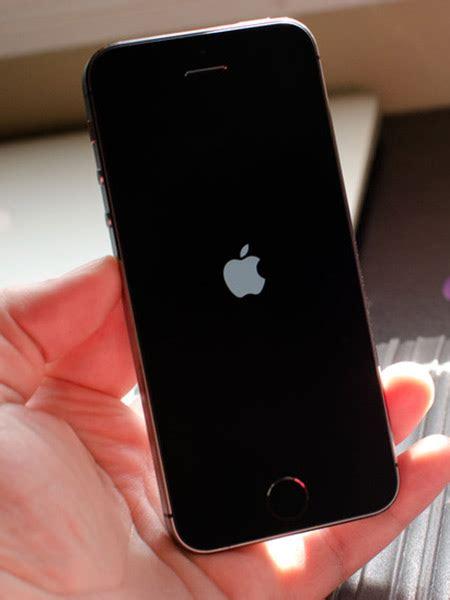 iphone bagnato non si accende iphone non si accende collecchio sant ilario d enza