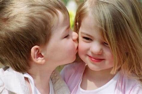 wallpaper cute kiss beautiful and cute baby wallpapers cute baby kiss hot