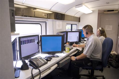 recovery room la crosse wi la crosse incident command center interior and workers fema gov