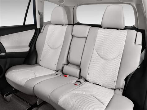 Rav4 How Many Seats by 4x4 Et Suv 2013