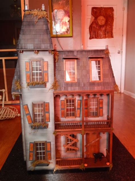 1000 Ideas About Doll Houses For Sale On Pinterest