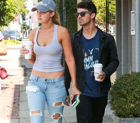 Joe Jonas And Gigi Hadid Height | entertainment bella hadid self oilchecks azz for