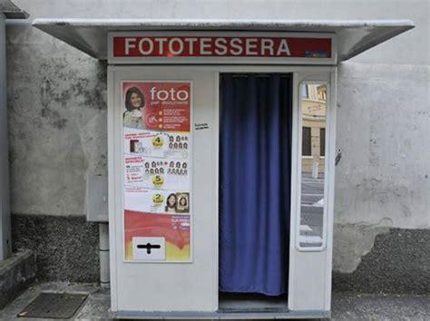 cabine fototessera roma preso lo scassinatore seriale di macchinette per foto
