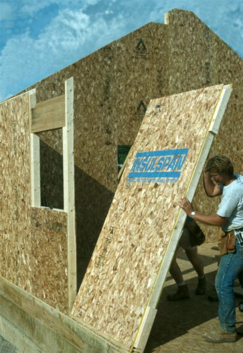 Structural Insulated Panels vs. Conventional Framing