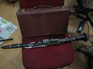 Alto Saxophone Alto Saxophone Alto Saxophone Gigbag Tebal Oke robert reginald saxophones keyboards and more