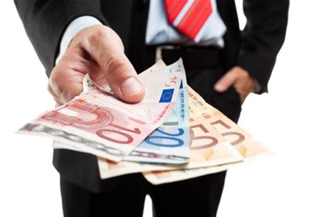 tassi di usura d italia tassi di interesse prestiti e mutui quando da usura e
