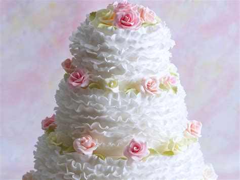 How To Make Wedding Cake by How To Make A Wedding Cake