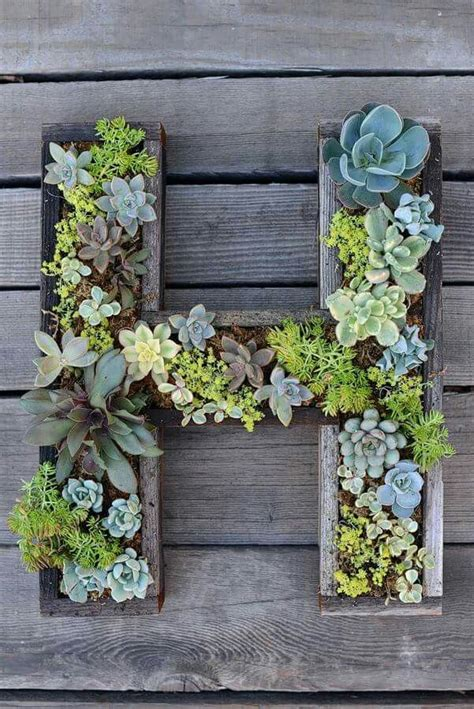 Fence Planter Ideas 25 best ideas about fence planters on happy