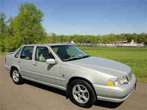volvo s70 for sale by owner purchase used 2000 volvo s70 glt awd 1 owner low