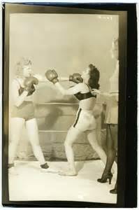 female backyard boxing vintage women boxing girl 1940 s photo risque pin up