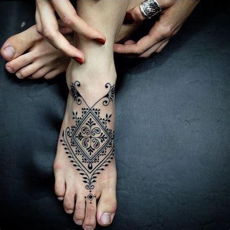 mandala foot tattoo best 25 mandala foot ideas on foot
