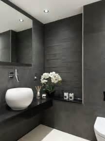 black white and silver bathroom ideas carrelage salle de bains et 7 tendances 224 suivre en 2015