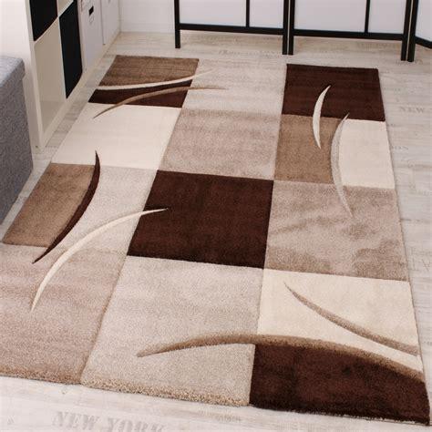 teppich designer designer teppich mit konturenschnitt karo muster braun