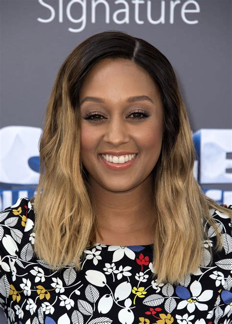 Mowry Hairstyles by Mowry Hair Looks Stylebistro
