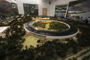 a sneak peek at apple s new cupertino headquarters news