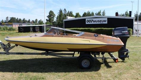 glastron boat james bond movie glastron gt 150 james bond boat nybro sweden 007 museum